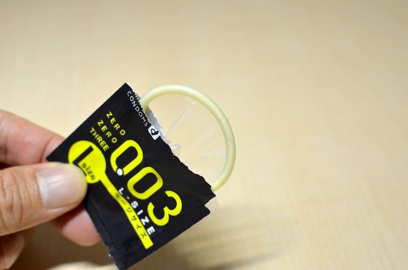 オカモト003(ゼロゼロスリー)Lサイズの個包装を開封