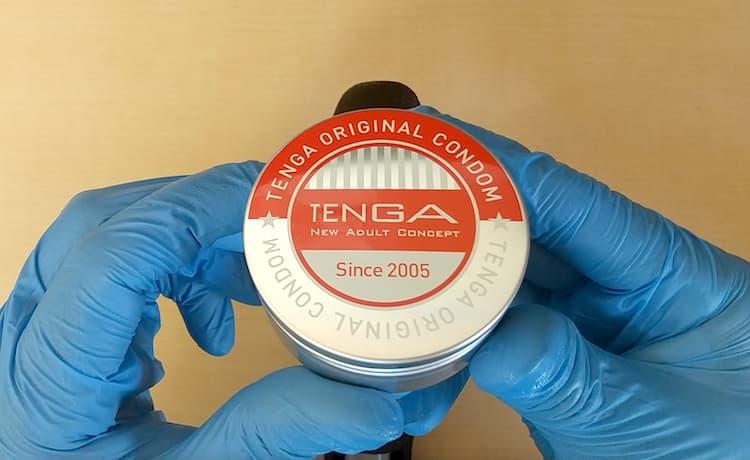 TENGAオリジナルコンドームのアルミ缶